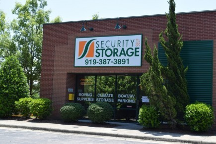 Charmant Security Self Storage